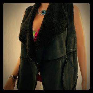 Caslon faux shearling black vest